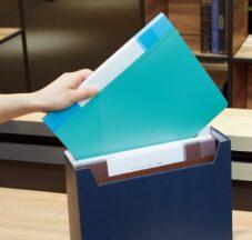 【背幅可変のクリヤーブック】書類量が増えてもきれいに収納できる。コクヨ「Glassele」 イメージ